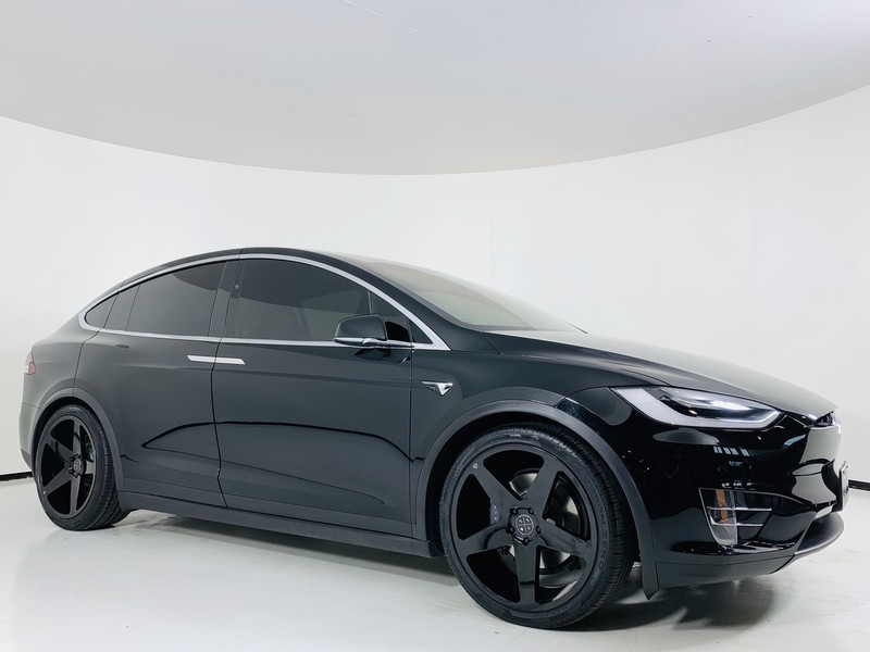 Pre-Owned 2017 Tesla Model X 75D AWD SUV