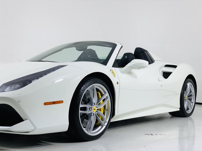 Pre-Owned 2017 Ferrari 488 Spider Hardtop Convertible