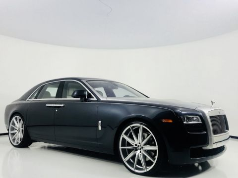 Pre-Owned 2013 Rolls-Royce Ghost Night Vision 24 Custom Wheels