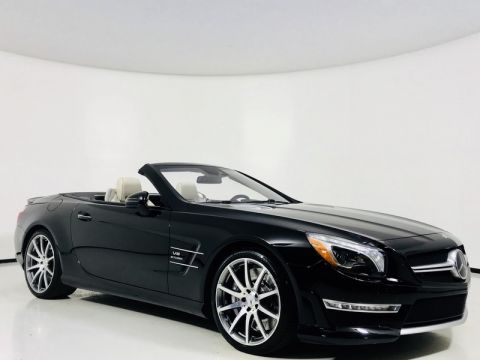 Pre-Owned 2015 Mercedes-Benz SL-Class SL 63 AMG® Roadster w/ Magic SKY